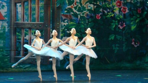 画画儿童芭蕾舞的图片大全