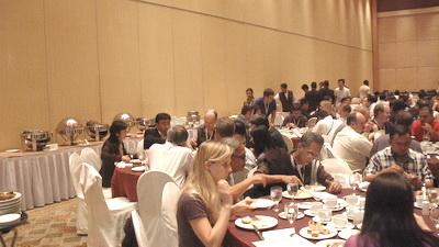 一家子飞往马尼拉(11)23日会议午餐 - sz1961sy - 沈阳(sz1961sy)的网易博客