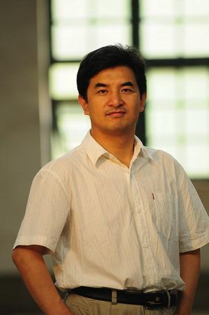 光明博客访谈首位嘉宾:陈世鸿(醒客)和他的《裂变》 - sz1961sy - 沈阳(sz1961sy)的网易博客