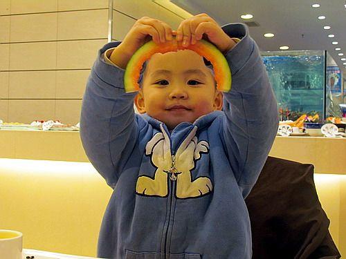 儿子沈瑗杰的4岁生日晚餐 - sz1961sy - 沈阳(sz1961sy)的网易博客
